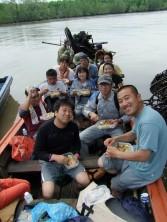 船上での昼食